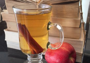One Lincoln Recipes: Spiced Apple Cider